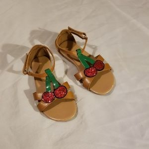 Girl's sandals size 12